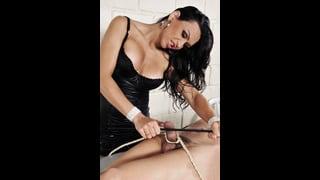 Ivana Spears Lega Un Cazzo Con Corde Bondage