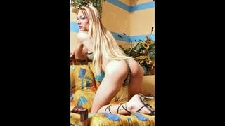 Mylena Bysmark Ci Fa Vedere Il Suo Culo Trans Nudo