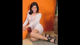 Aline Fontinelly Con Sexy Abito A Rete Bianco