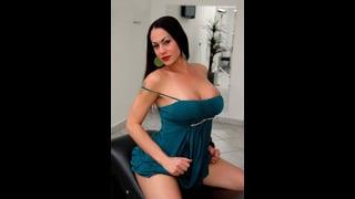 Rabeche Rayalla In Posa Sexy