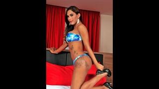 Thayla Andrade In Bikini E Tacchi A Spillo