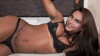 Thayla Andrade Indossa Biancheria Sexy