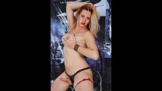 Posa Sexy Della Trans Mel Voguel