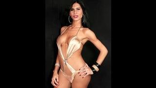 Renata Araujo  In Sexy Bikini Color Oro