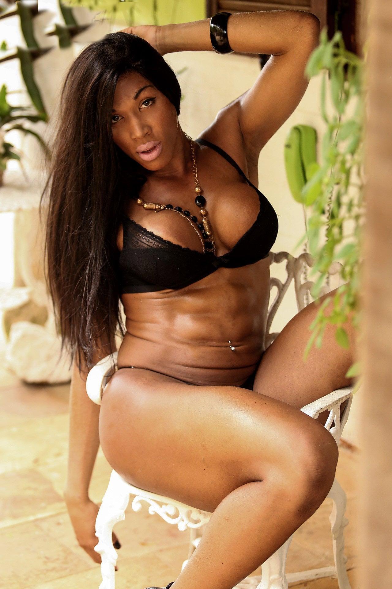 Trans Muscolosa Veronica Bolina