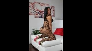 Bia Mastroianni Posa In Sexy Lingerie