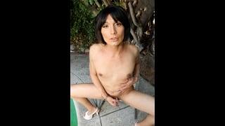 Nikki Heart Nuda Si Sega Il Cazzo