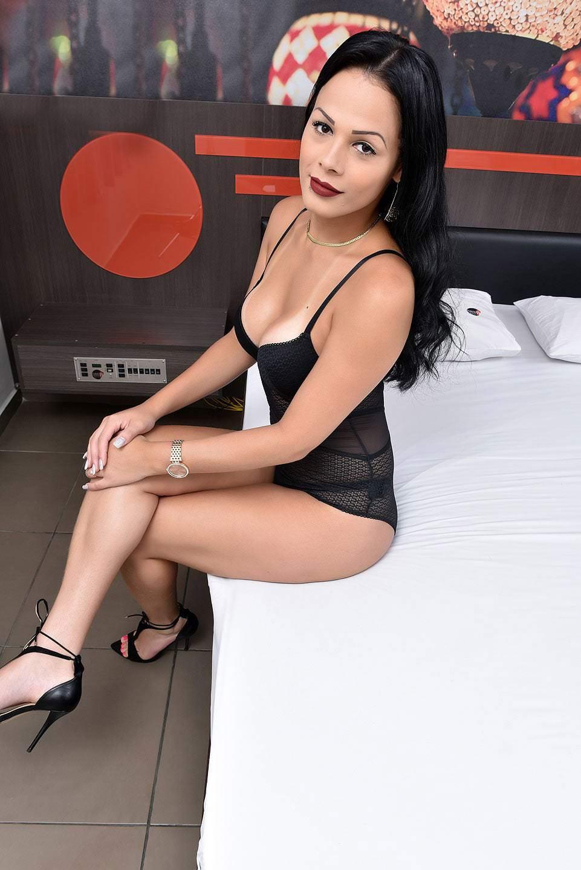 Sexy Trans Bruna Castro In Posa