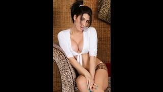 Posa Sexy Della Shemale Jenny Conder