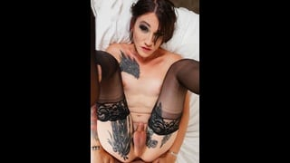 Ts Lena Jade Nuda A Gambe Aperte