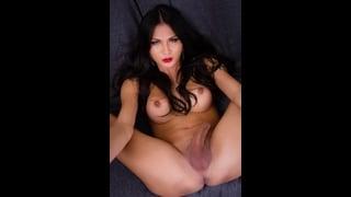 Bellissima Transex Benzey Nuda A Gambe Aperte