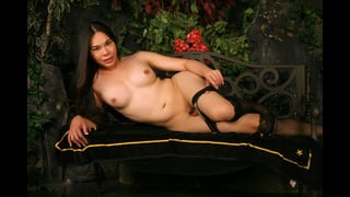 Posa Hot Della Tranny Amanda Jade Nuda