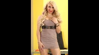 Sexy Trans Lexa Harding In Posa