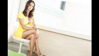 Sexy trans Carla Brasil in posa