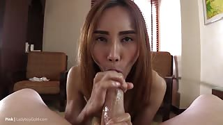 Ladyboy in POV ..video gratis hd!