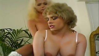 Porno vintage trans scopa una donna matura
