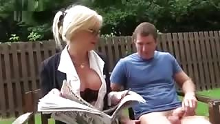 Cougar Joanna Jet gets assfucked