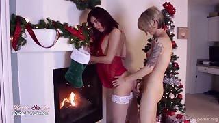 Due trans Kendra e Nina e Buon Natale