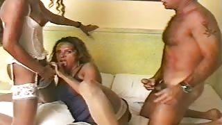 Andrea Nobili a caccia di trans in Brasile