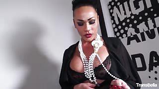 Slut Graziella 3-way sex