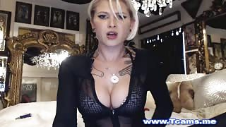 Danni Daniels top trans in webcam