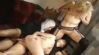Porno monaca di Monza