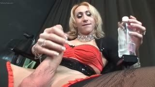 Active tranny fucks gay ass