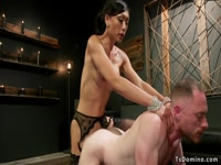5bac90d03e065-hairy-ass-delivery-guy-anal-fucked-by-tranny_11