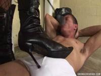 5be54e1e694c6-hot-foot-fetish-for-randy-thug-renata-araujo_2