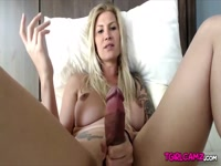 5bf68eb610a99-sexy-blonde-shemale-danni-daniels-jerking-huge-dick-hd_2
