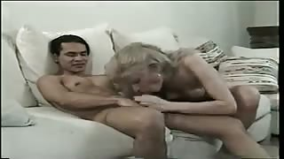 Video porno vintage con la trans Brandy Scott!