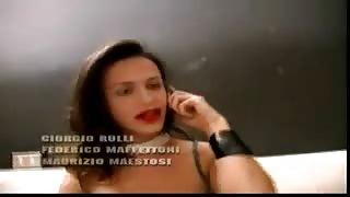 Orgia amatoriale italiana con trans Paola